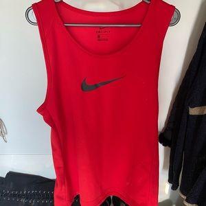 Nike dri fit tank top size large